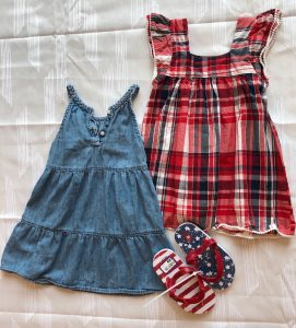 Girls' sleeveless dress and shoes with stripes and stars